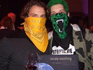 HolK traf bei den Utopia Awards 2008 Benjamin Adrion von Viva Con Agua, den Gewinner des Publikumspreises